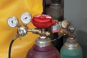 Masterlock S3910 Pressurized Gas Valve Lockout